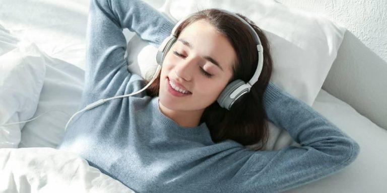 Jenis Lagu Pengantar Tidur Yang Bisa Membuat Kalian Tidur Lebih Cepat